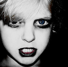 Baby Goth Zombie Girl free creative commons(http://www.flickr.com/photos/pinksherbet/245002999/)